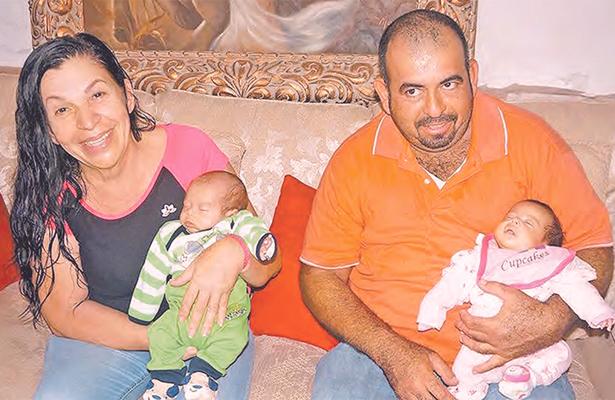 Mujer de 58 años  dio a luz gemelos