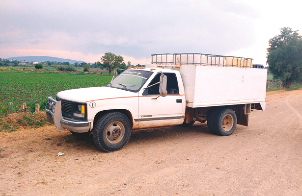 Aseguran camionetas
