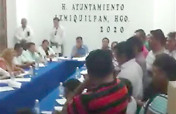 Diputado corrigió iniciativa de ley al presidente Pascual