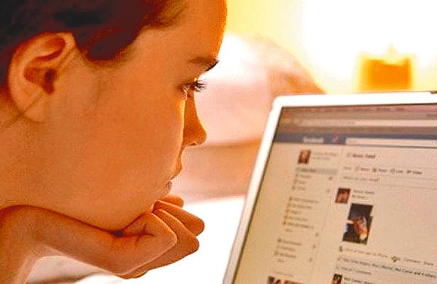 Enganchan a jóvenes vía Internet