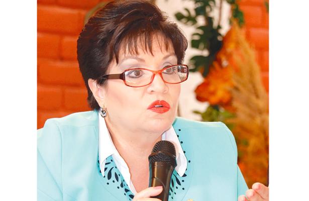 No participa en entrega de útiles escolares: Margarita Gálvez