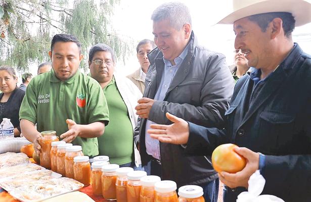 Supervisaron dos proyectos agroempresariales