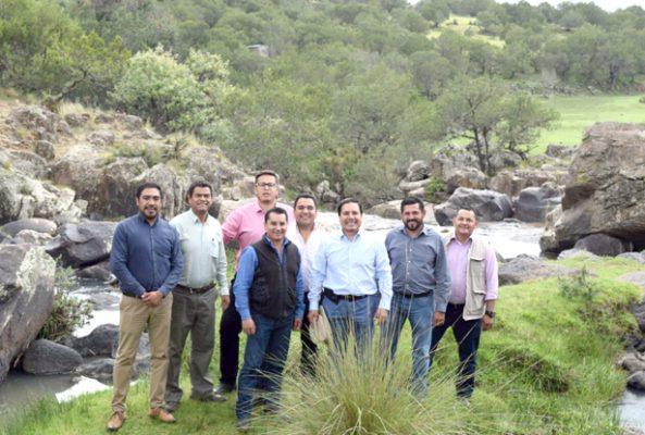 Cascadas en proyecto turístico
