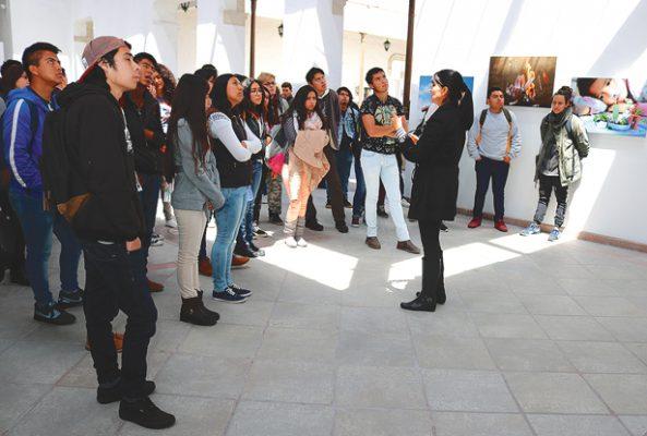 """Recorren el Centro  Cultural """"La Garza"""""""