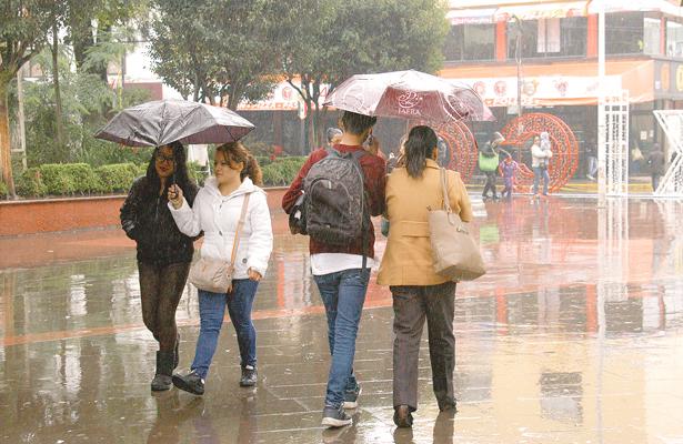 katia se deja sentir en Hidalgo: Aminoran lluvias