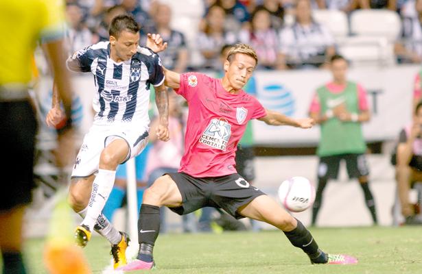 PACHUCA sufrió un nuevo descalabro en el torneo, anoche, al ser doblegado por el Monterrey: 2-0. Foto: El Sol de Hidalgo.