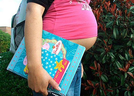Prevalecen embarazos adolescentes