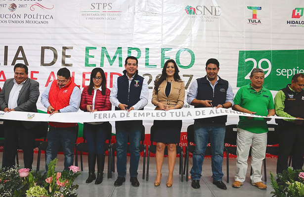 Casi 800 vacantes en Feria del Empleo, en Tula