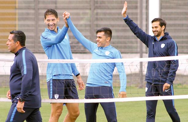 LOS TUZOS levantan la mano para seguir luchando en el torneo. Hoy deberán mostrarlo frente al Toluca. Foto: El Sol de Hidalgo.