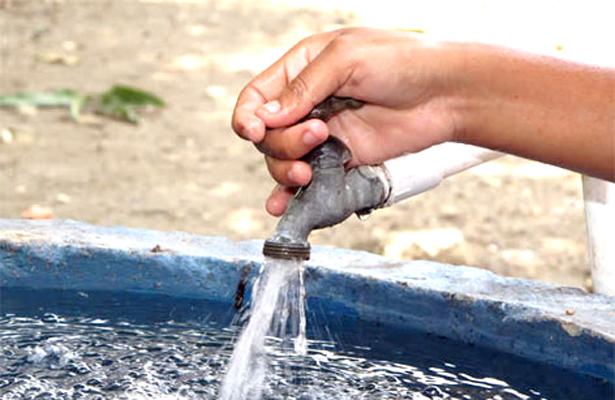 Comunidades se quedan sin agua