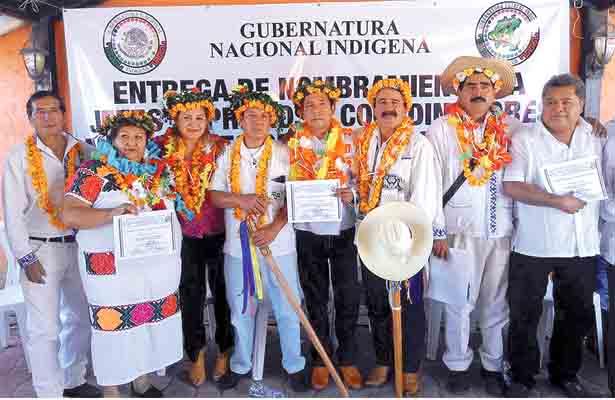 Gubernatura Indígena entrega  nombramientos a Jefes Supremos