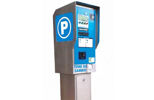 Piden consulta pública para parquímetros
