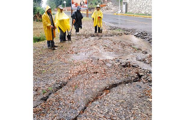 Supervisan falla geológica