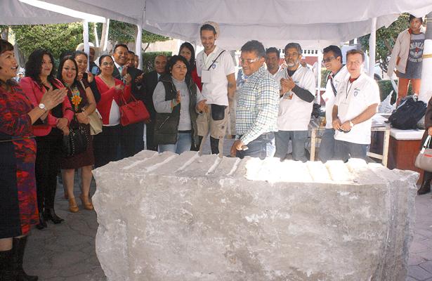 Primer Simposio Internacional de Escultura en Piedra, en Tepeji