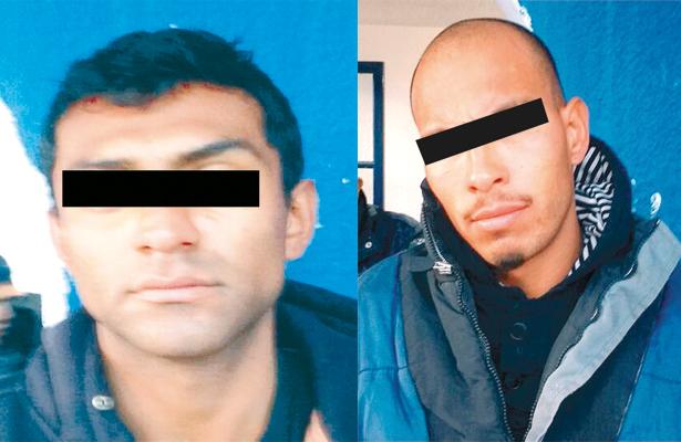 ABRAHAM T.I. y Alejandro O.R., los detenidos. Foto: El Sol de Hidalgo.