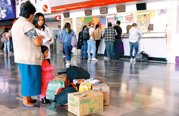 Terminales de autobuses, abarrotadas