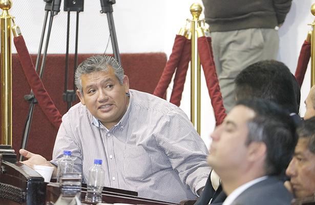 EXHORTO. El diputado local Jorge Miguel García consideró que detrás de lo que pretenden los regidores hay tintes políticos. Foto: El Sol de Hidalgo.