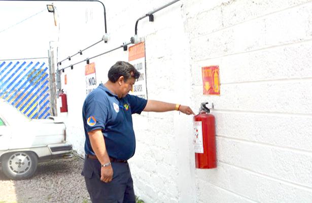 Supervisa la unidad de Protección Civil gaseras
