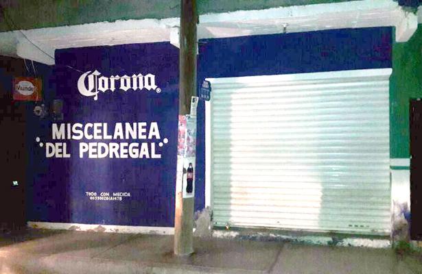 >> EN ESTE COMERCIO ubicado en la calle Roca, de la colonia Unidad Campesina, en Ciudad Sahagún, la pareja de adultos mayores fue sorprendida por el malhechor, quien huyó con efectivo y un celular. Foto: El Sol de Hidalgo.