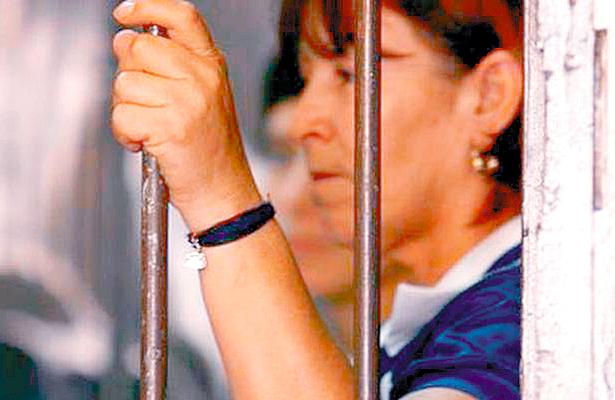 Presas, 273 mujeres, en Hidalgo algunas viven con sus hijos