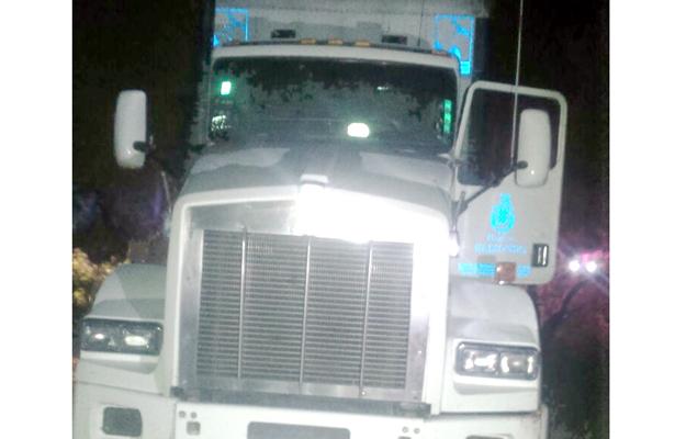 Frustran policías estatales gran robo de gasolina