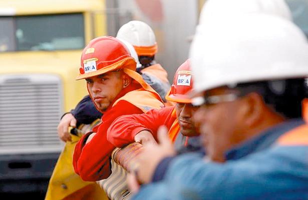 Indefensos, obreros ante sismos: CNOP