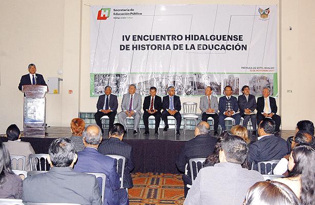 Celebraron el Cuarto Encuentro Hidalguense de Historia de Educación