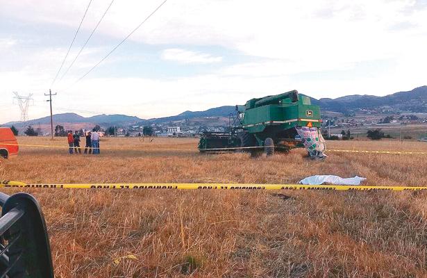 Un muerto, tras mortal chispa sobre tractor