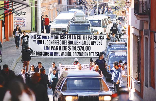 Suben el precio por morirse en Pachuca