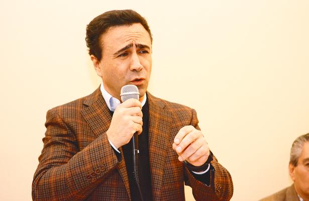 Alejandro González Murillo, fuera del PES tendría candidatura al Senado