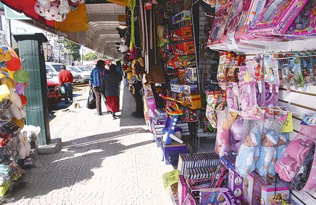 Bajas ventas afectan a comerciantes de Tula