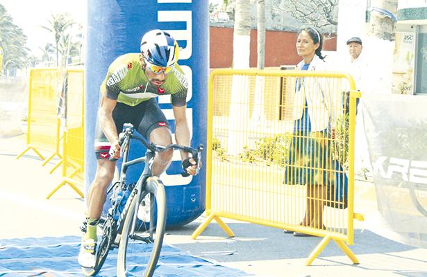 Cyclocross, esta noche, en Pachuca