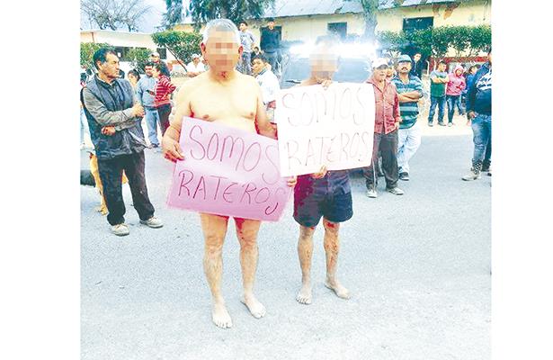 Pobladores de Tasquillo  exhibieron a dos ratas