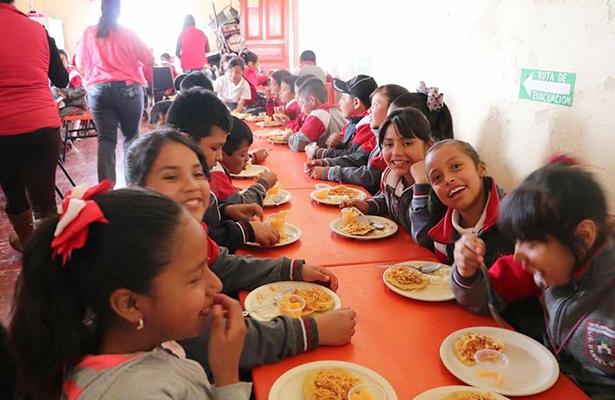 Rehabilitan espacio de alimentación en Tetlapayac
