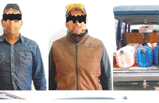 Cuatro detenidos junto con carga de huachicol