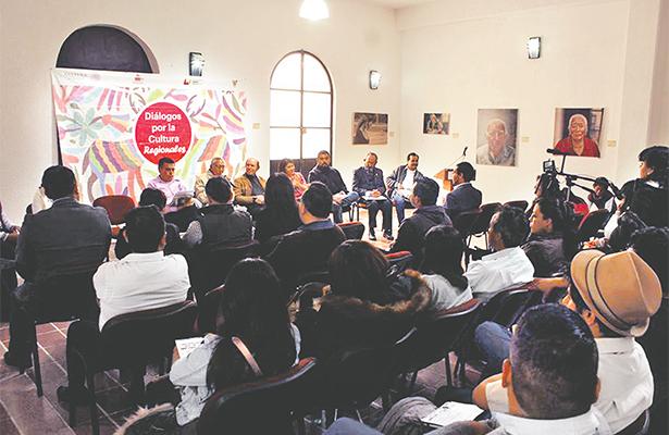 Llevan a cabo Diálogos por la Cultura en su edición regional