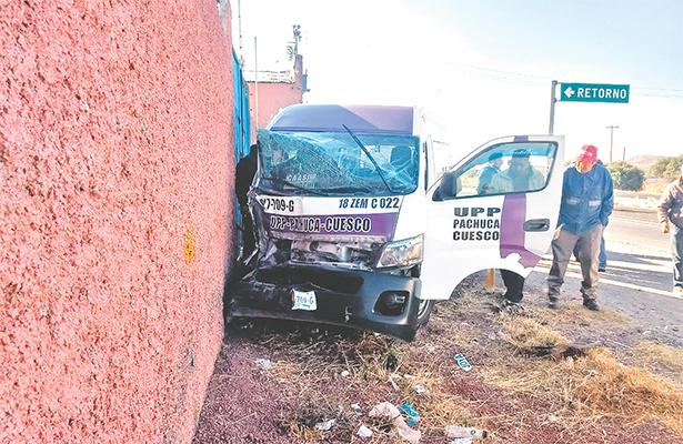 Pasajeros resultaron lesionados en colisión sobre la carretera Pachuca-Ciudad Sahagún