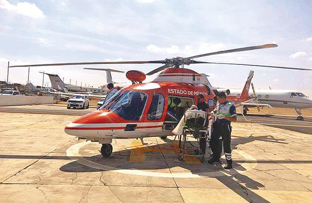Bombero quemado se recupera en hospital