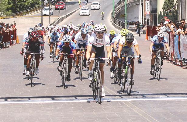 """Ciclismo de ruta, para la clásica """"Alfredo Gómez"""""""