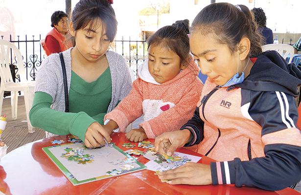 Orienta CDHEH a niñas,  niños y adolescentes  para conocer sus derechos