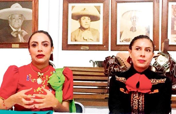 las organizadoras Jannet Sánchez y Yuri Piña dieron los pormenores. Foto: Sol de Hidalgo.