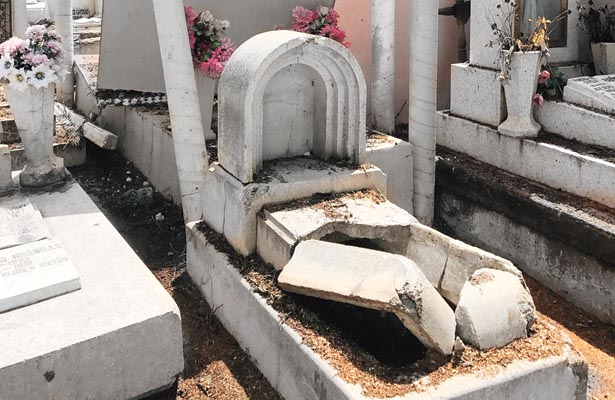 En San Miguel más, de 5 mil tumbas abandonadas