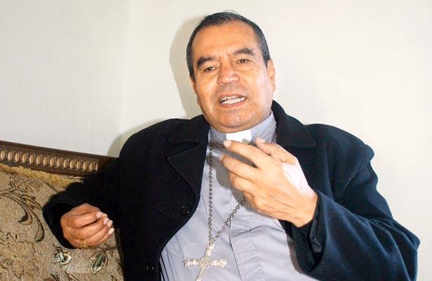 Arzobispo de Tulancingo en la entrevista. Foto: Sol de Hidalgo.