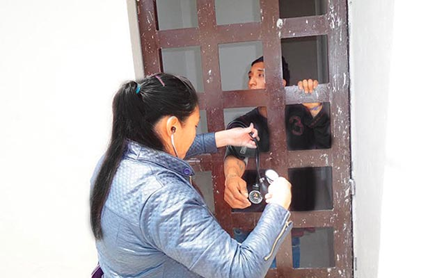 Pésima barandilla en Mineral de la Reforma