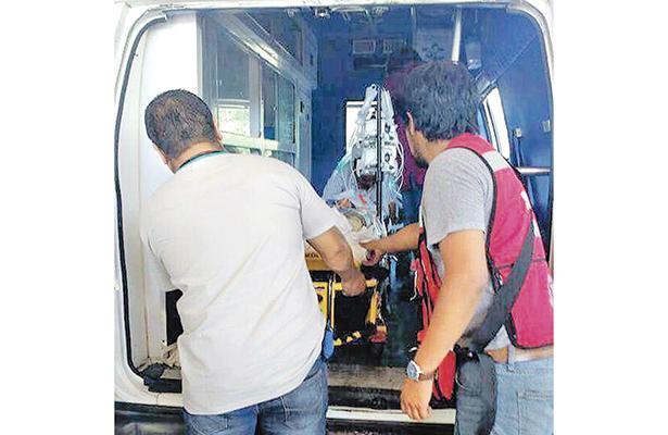 Los heridos más graves fueron trasladados vía aérea a Pachuca. Fotos: Especial