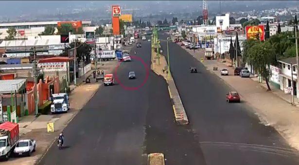 Robó auto, y en minutos lo atrapan policías estatales en Tulancingo