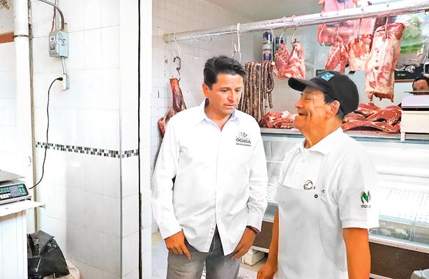 Ochoa propone consolidar al turismo
