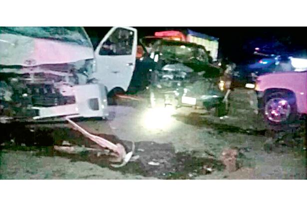 Frontal encontronazo dejó ocho personas lesionadas