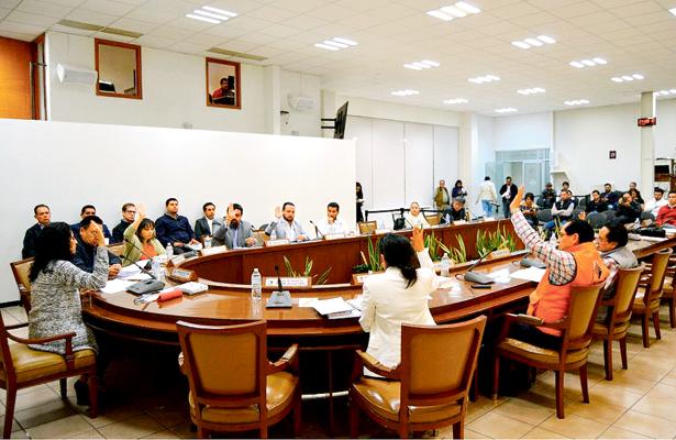 INE frena acuerdo del IEE para registrar a partidos estatales