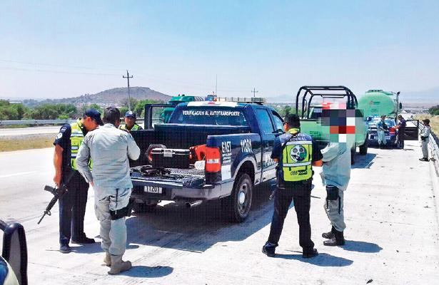 Pemex pierde 30 mil mdp al año por robo de combustible